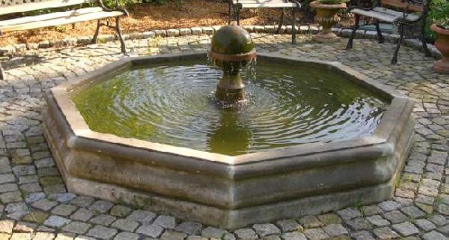 Art. Nr. 785 | Barocker Sandstein Brunnen